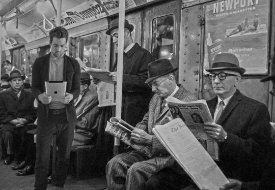 papers-and-ipad-on-train