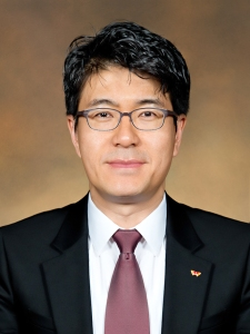 Jin-Hyo Park, SVP, Head of Network R&D Center, SK Telecom
